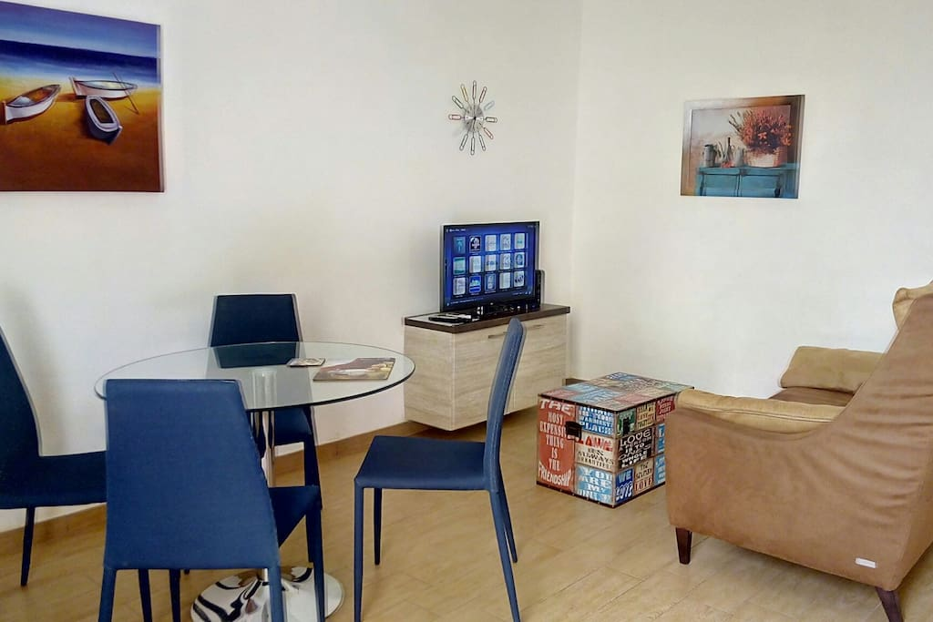 Bright living room with internet and airconditioner