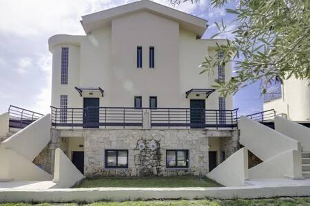 Luxury villa with garden by the sea - Chalkidiki - Villa