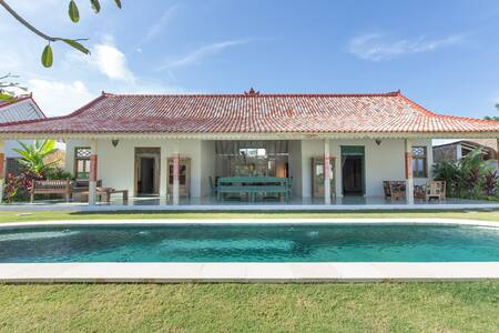 Beach Town Garden Villa with Balinese charm #VP3 - South Kuta - Villa