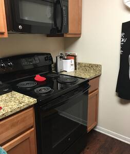 Downtown Private Apartment Room - Indianapolis - Apartment