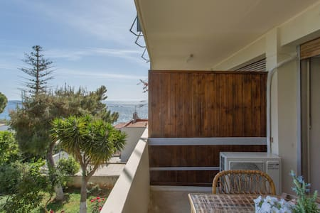 Studio 100m away from the beach - Appartement