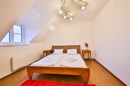 New flat 66m2, fully equipped, near PRAGUE - Apartment
