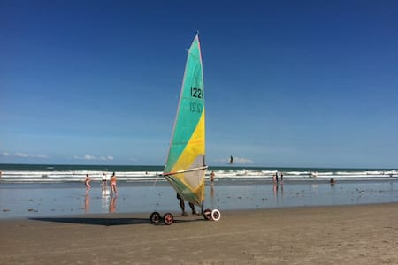 Beautiful Beach Getaway! Fall Specials.  Book now. - Cape Canaveral