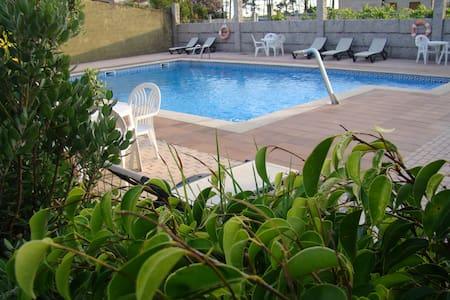 Hotel de dos estrellas en la playa - Sanxenxo