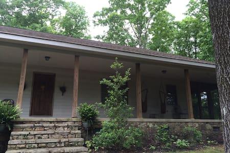 5 Lakes Lodge - Maison