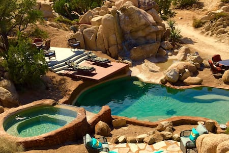 Dream Catcher Ranch W/Pool /jacuzzi - Yucca Valley - Cabane
