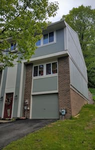 Townhouse  Near Oakmont - US Open - Townhouse