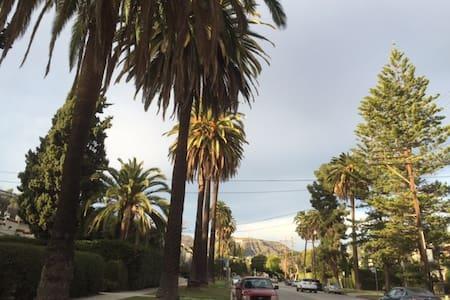 HOLLYWOOD Beachwood Canyon VILLA - Los Angeles - House