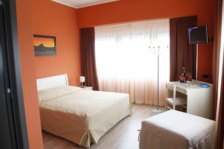 bed and breakfast a Cuneo - Villafalletto - Bed & Breakfast