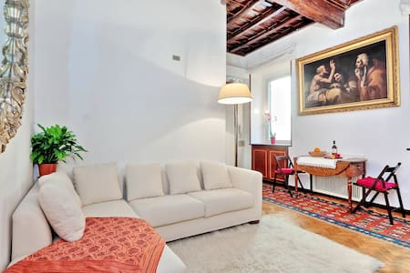 Cosy gem for 3 heart centre located - Apartment