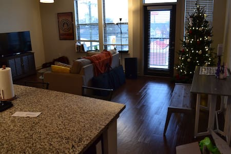 Cozy apartment 8 minutes from downtown/Broadway. - Nashville - Appartement