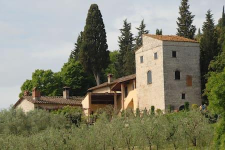 Torre degli Olivi in Medieval House - Rignano sull'Arno, Florence