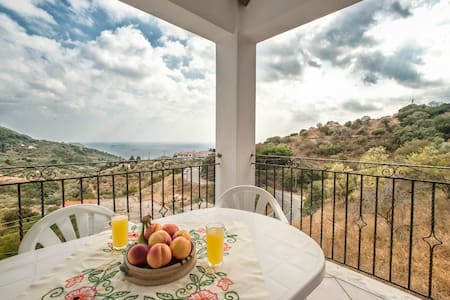 Panoramic Sea View Apartment in Skopelos - Wohnung