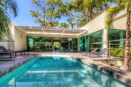 Casa Moderna 3 Bedrooms: 116096 - Villa
