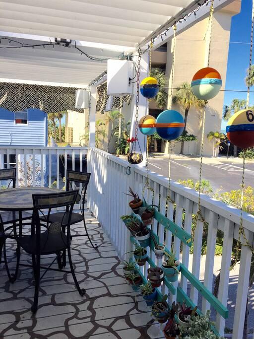 Pelican Gardens Villa Across The Dunes To Beach Houses