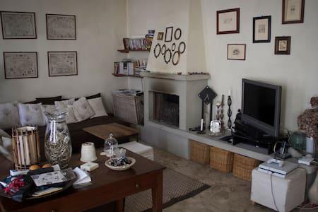 Casa + giardino, Rivergaro, Val Trebbia. - Rumah