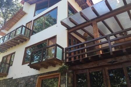 Casa Matilde, lujosa cabaña - Zomerhuis/Cottage