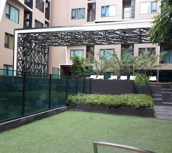 Brand-new studio in Bangkok/Sathorn - Apartment