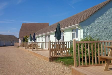 Premier 2 bed cottages In Seaview Isle of Wight - Bungalou