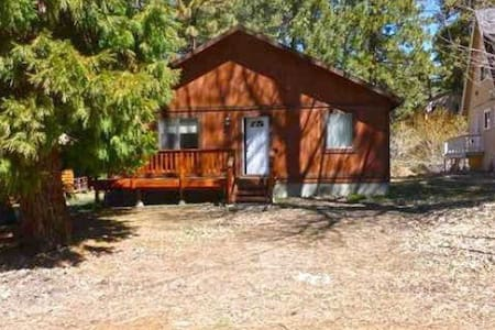 Eagle Lake Cabin- Single story, forest views! - Green Valley Lake - Cabane