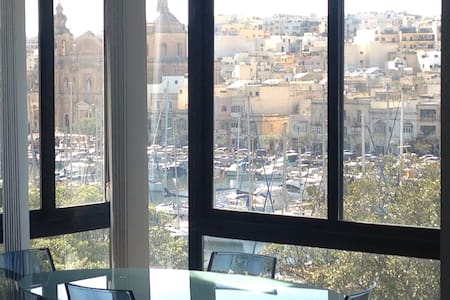Luxury & Central Flat Sea Views - Apartamento