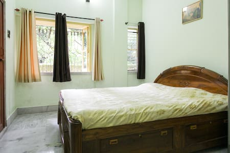Pocket Friendly BnB & WiFi - Kolkata - Apartment