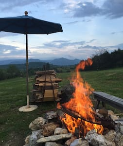Tipi with a great view of the Blue Ridge Mountains - Tepee