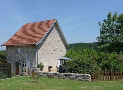 Idyllic 16th Century Stone Cottage - Boudreville