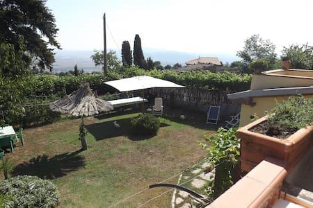 casa in collina a c.a 20 km dal mar - Vetulonia - House