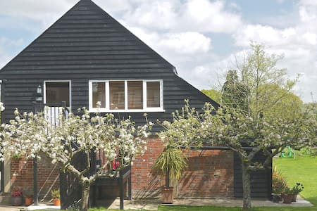 Garden of England rural apartment - Rolvenden - Apartment