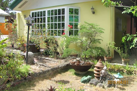 Bohol Villa 301 B&B/Homestay - Baclayon - Bed & Breakfast