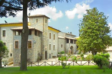 casale tra Orvieto e Bolsena - Castel Giorgio - Huoneisto