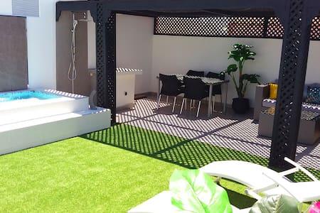 Apart Private Terrace at Majorelle - Marrakech - Apartment