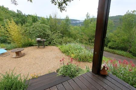 Maison 4 p avec très belle vue sur la vallée - Dom