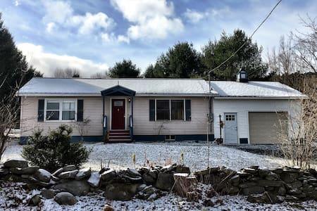 Blue Pony Cottage - Hartford - Hus