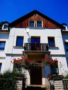 Ferienwohnung Eugenie - Apartment