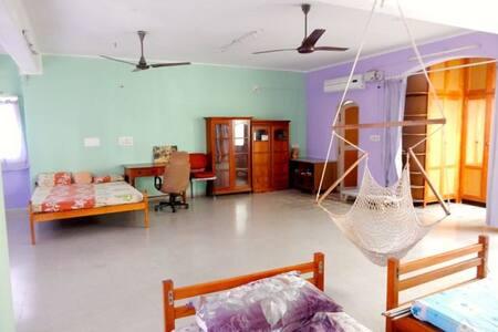 Spacious accommodation near the sea - Lakás