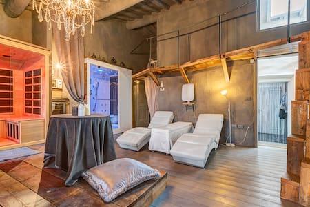 WTH BorgoMarcena - Luxury Retreat - Leilighet