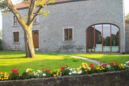 Deux chambres à Wavreille - Rochefort - Aamiaismajoitus