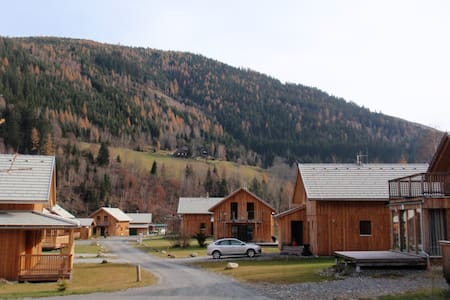 Chalet in Austria Sleeps 10 - 4 bed - 2 Bathrooms - Huis