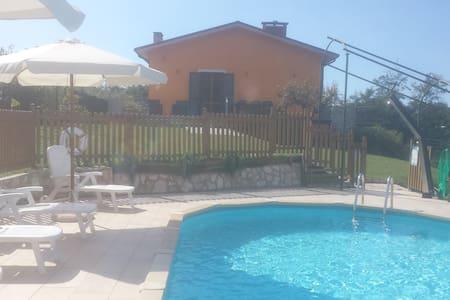 Villa Del Monte - Camaiore, Santa Lucia - Villa