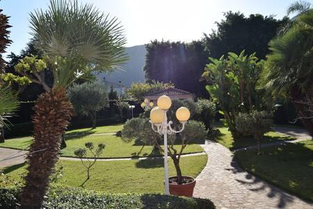 Casa vacanze a 10 minuti da Mondello - Palermo