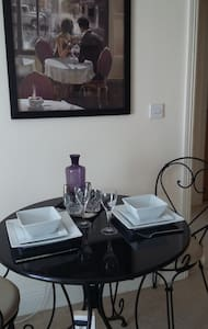 Trendy In Town Apartment - Eastleigh