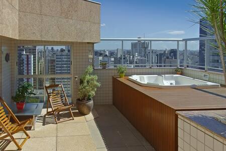 COBERTURA-LOFT DE BOM GOSTO COM VISTA INCRÍVEL BH - Belo Horizonte - Lägenhet