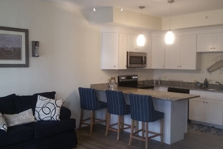 Cozy 1 bedroom beach condo at Hampton Beach NH - Hampton