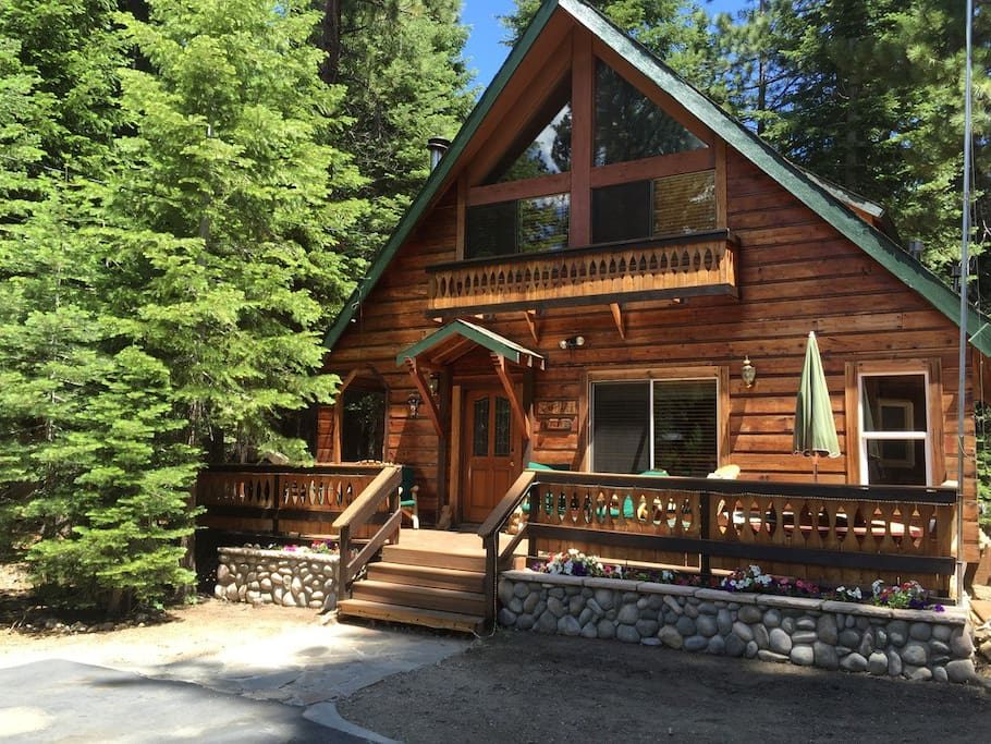 Cozy sophisticated cabin 2 blocks from lake tahoe Rent a cabin in lake tahoe ca
