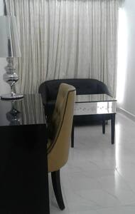 Palms Residences A-1 - Mumbai - Apartment
