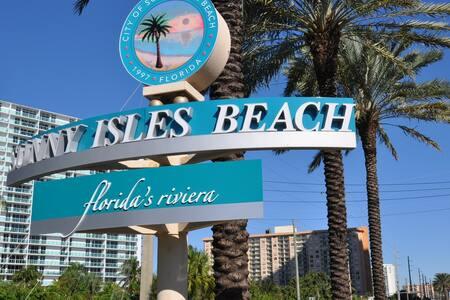 Intracoastal Sunny Isles Beach Apartments - Sunny Isles Beach - Daire