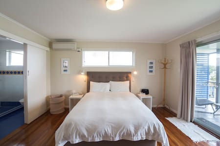 FINGAL REST - holiday beach home - Fingal Head - Rumah