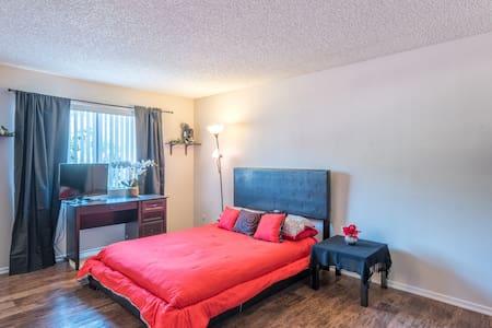 Zen Calabasas Retreat - Calabasas - Apartment